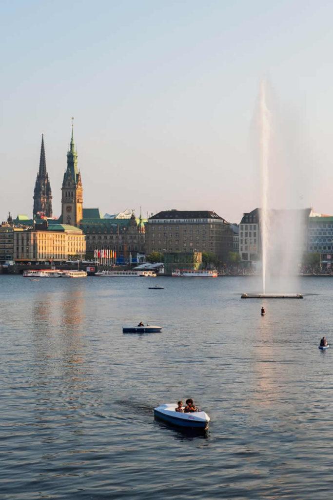 Shopping mit Freunden in Hamburg