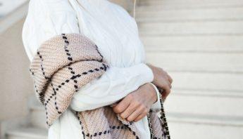 Kleidung richtig und neu kombinieren – welche Farben zusammenpassen